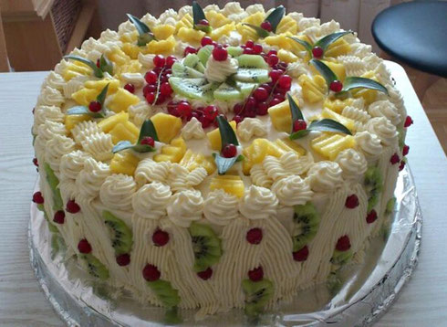 """Torte """"Zum Geburtstag"""""""