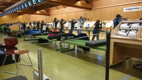 50 Stände auf beiden Seiten der Halle! Wettkampfspannung pur!