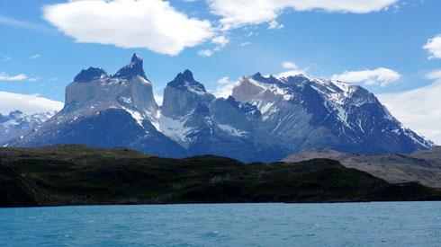 nach mehreren Tagen miesen Wetters zeigt sich der Torres del Peine von seiner besten Seite, natürlich an unserem Abreisetag