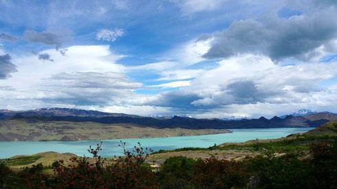 Der Lago Nordenskjöld, was für unglaubliche Farben.