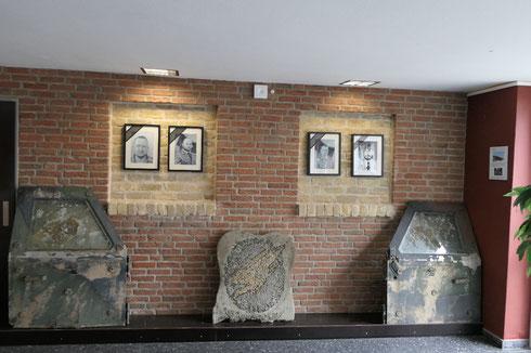 Erinnerungswand der Gefallenen Soldaten der Fallschirmjägerkaserne