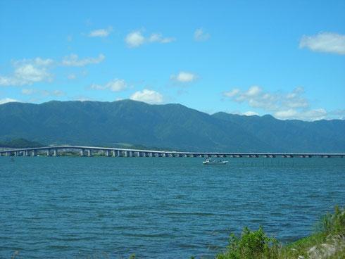 琵琶湖大橋 東岸から
