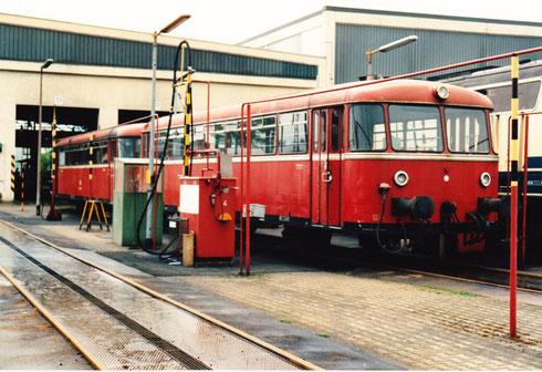 26. Mai 94: Auftanken im Betriebswerk in Mühldorf