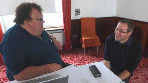 Referent Bernd Senger und Neuling Stefan Kahlhammer im Gespräch