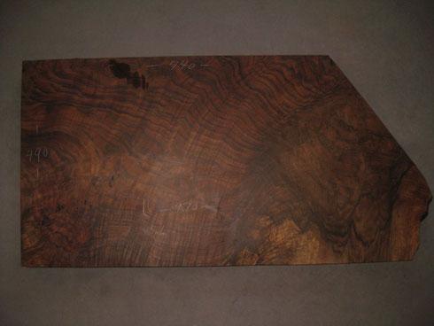 クラロを台木にイングリッシュを挿す。