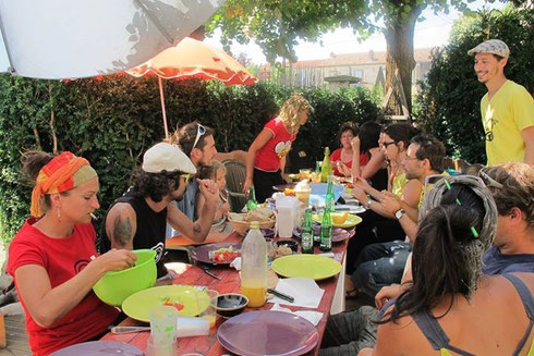 Repas avec Batakoa - Association Zé Samba