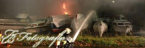 30.10.2012 - HH/Moorfleet: 4 Motoryachten bei Großbrand zerstört