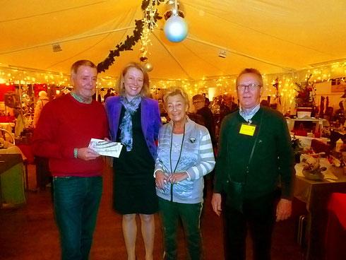 Foto v.l.n.r. : Anton Buss, Kerstin Radomski, Erika Buss, Franz Rohm (1. Vorsitzender NV-Aktion Eine Welt e.V.)