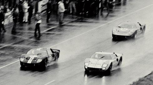 Ford GT 40 triplé aux 24 heures de Mans 1966