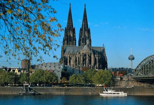 欧亚商旅 荷比卢三日游 荷兰 比利时 卢森堡 钻石 城堡