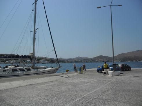 Agia Marina Ferry Rıhtımı