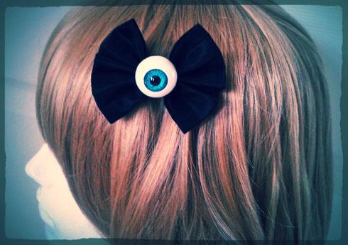 Small Creepy Cute Pastel Goth Eye Bow