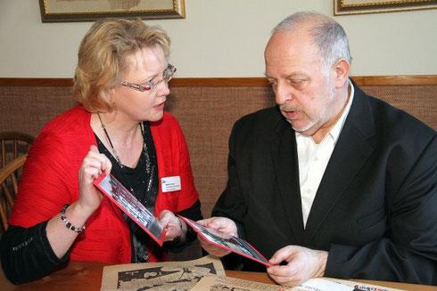 Bettina Vootz, Leiterin AWO-Seniorenzentrum und Harald Molder, Vorsitzender ZZB