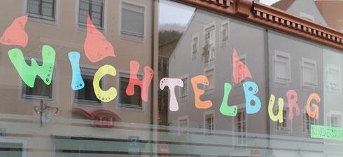 Wichtelburg-Schaufenster mitten in der Eichstätter Altstadt
