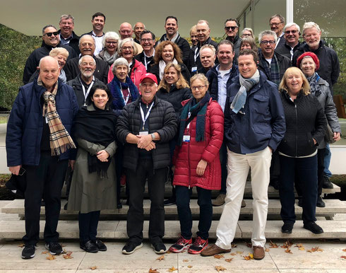 USA Team October 2018 on steps of  'Farnsworth House' Chicago