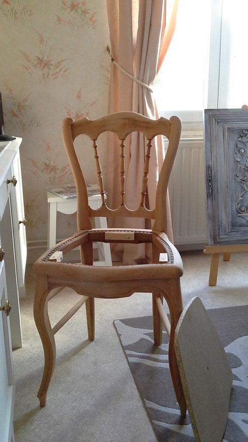 Traitement anti vers et conception d'une nouvelle assise.Le tout par mon mari.