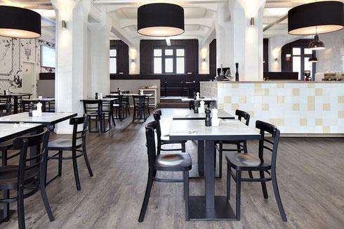 Im Ristorante Alitalia haben wir Platz für bis zu 150 Personen - Ihr Italiener in Hamburg