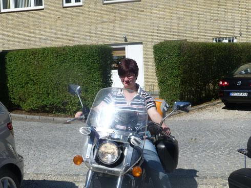 Mecki die Motorradbraut