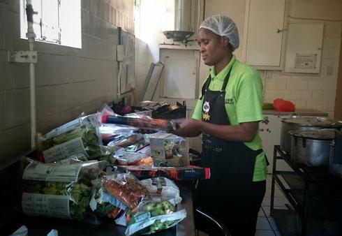 Viele Läden und Restaurants sponsern Lebensmittel für Kids Haven