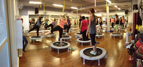 just JUMP! Fitness mit Trampolin