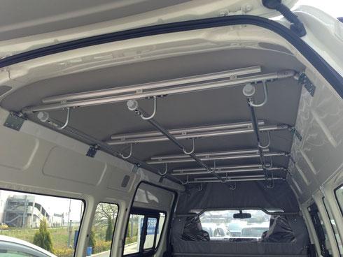 トランポプロとは トランポとは トランポプロ トランポ DIY ボードラック ラック ベッド ベット 内装パーツ 車 カー用品 仕事 棚 クリーニング