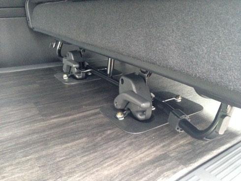 ハイエース 床貼り加工 床パネル シート シートキャッチ