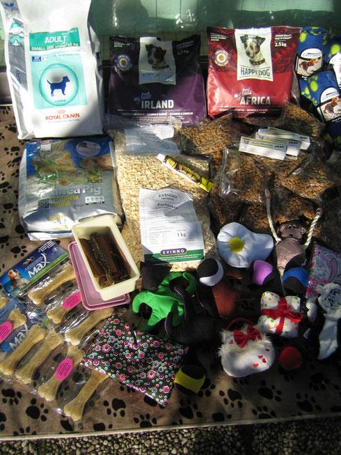 Ein gemischtes Spendenpaket für die Bewohner des Hof Chaoti eV