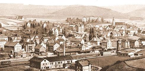 Hilchenbach mit Bahnhof und Wasserturm um 1910