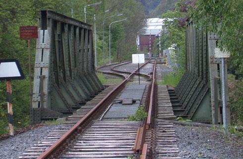 Radikale Unterbrechung der KWD-Strecke bei Dreis-Tiefenbach im Mai 2005 (Aufnahme: Dr. Richard Vogel)
