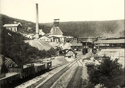 Eiserfeld 1905: Grube Eisenzecher Zug, stillgelegt am 29.02.1960