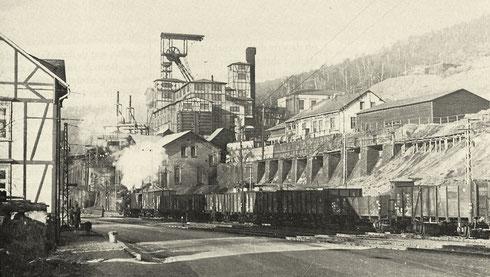 Eisern 1953: Eisernhardter Tiefbau, stillgelegt am 30.06.1957