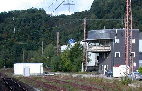ESTW inmitten der Gleise des Bahnhofs Werdohl (2007)