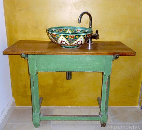 besondere waschbecken im hotel schloss blumenthal mexambiente waschbecken fliesen aus mexiko. Black Bedroom Furniture Sets. Home Design Ideas