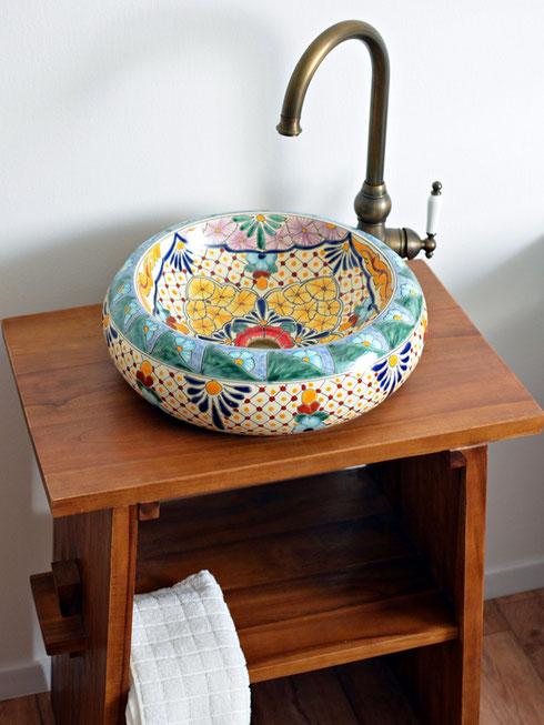 Gäste WC schöne Waschbecken aus Mexiko