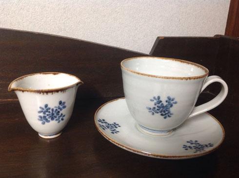 渕鉄花文コーヒー碗