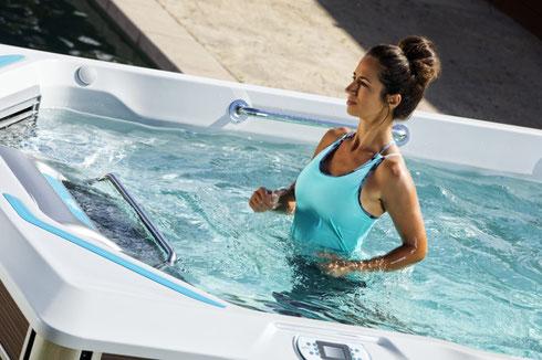 SchwimmSpa mit Unterwasser-Laufband - Zuerst testen dann kaufen