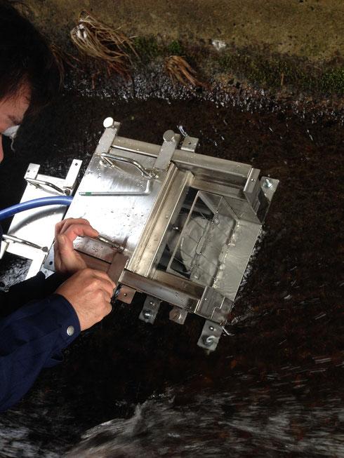 防水加工付1インチCsIシンチレーション放射線測定器を浪江町に設置(2014年12月17日)