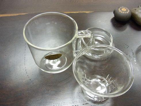 耐熱ガラス製です