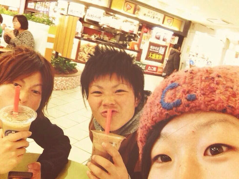 (左から)永吉選手、松木選手、近藤選手