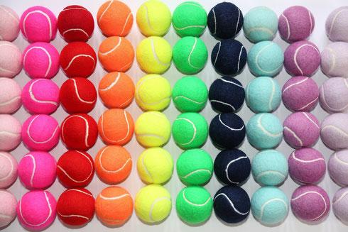 Tennisbälle bedrucken, Tennisbälle mit Logo, Tennisball bunt, Tennisball farbig, Tennisball Dose, tennisbälle in Dose, Tennisball Dose bedrucken, Tennisball Dose mit Logo