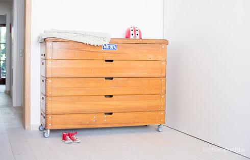 Die große Kommode: Das Turnmöbel der Extraklasse! Aus einem Turnkasten / Sprungkasten gefertigt