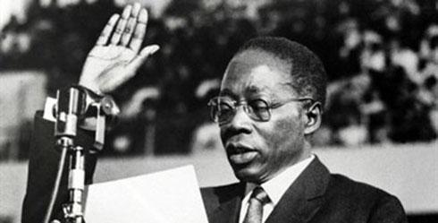 Léopold Sédar Senghor à Dakar le 9 Decembre 1963. Rue des Archives/Agip