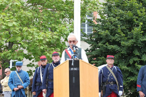 monsieur le Maire de Magnac Laval
