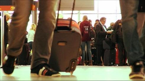 Die Masche der Billig-Airlines: Das Geschäft mit Gepäckstücken