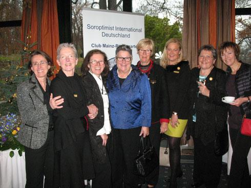 Treffen mit den Schweizer Schwestern bei der Charter Mainz-Rosengarten