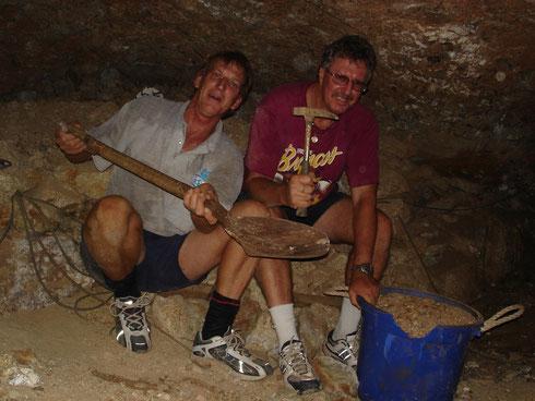 一緒にサファイア採掘したイアンとグレン