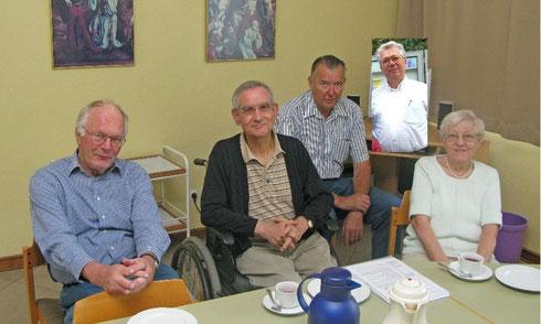 v.l.: Haymo Preuß, Klaus Schneider, Hubert Schäpers, Klaus Roth, Edith Kau[†] (Foto: Helmut Scheffler)