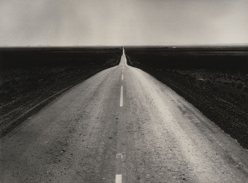 The Road West, 1938 © Dorothea Lange