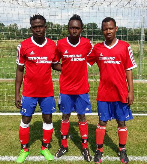 3 unserer 4 Spieler von der Elfenbeinküste