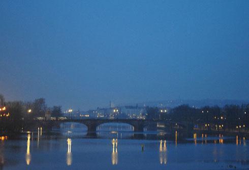 le soleil se lève sur Prague... C'est notre dernier matin sur place.